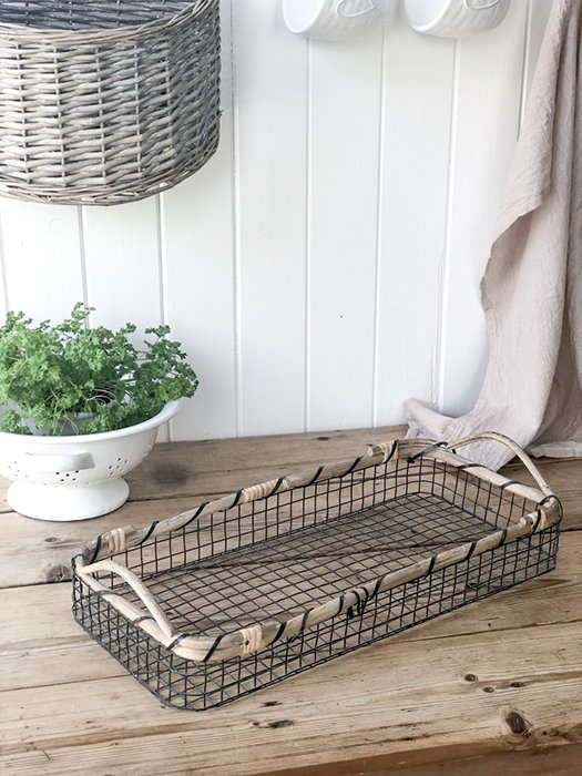 50-IBL Bamboo Wire Tray