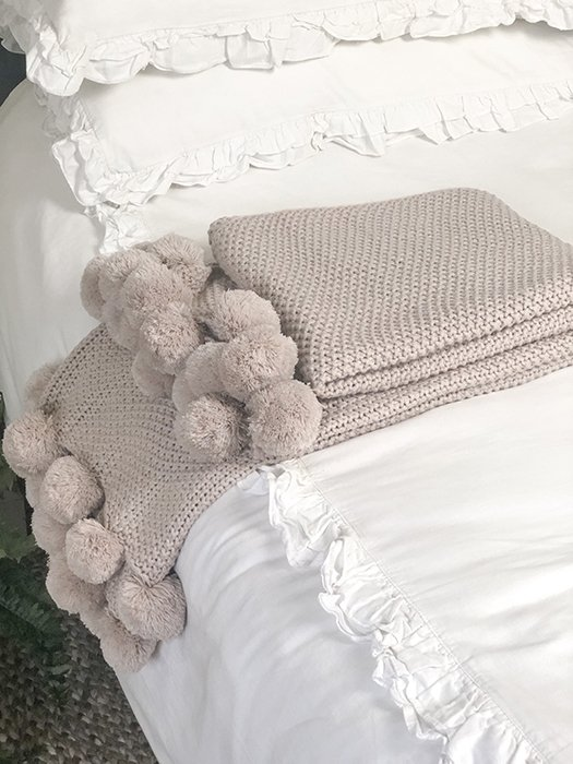 60-WCO Blush Knit Pom Pom Blanket