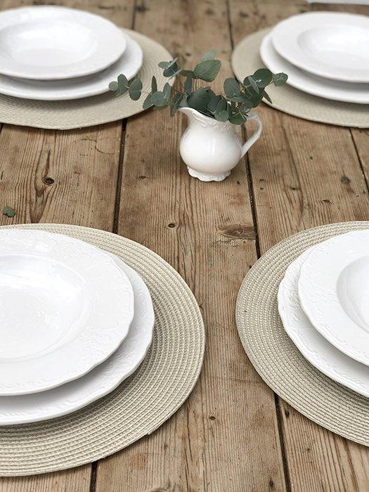 65 - WCO Ribbed Placemats